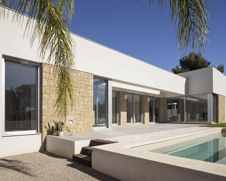HOUSE C+J piscina