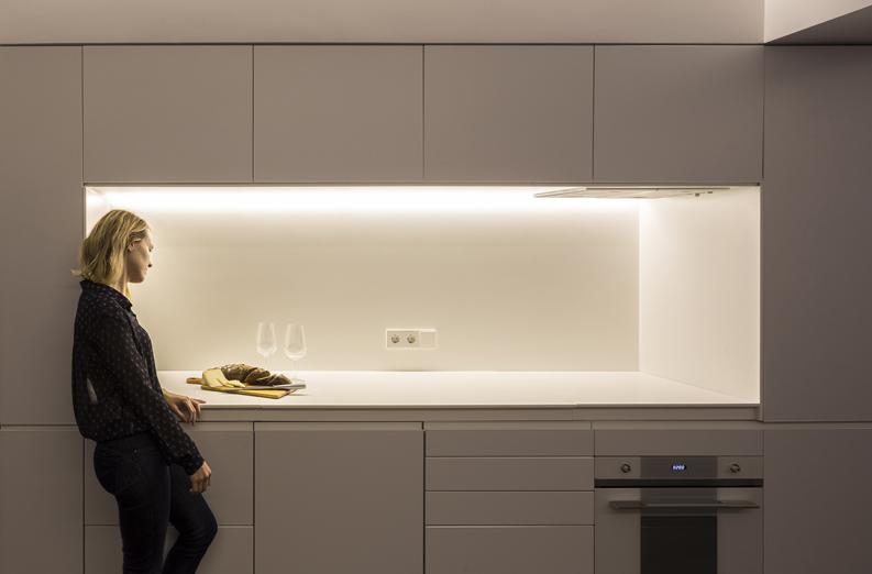 Urban apartment cocina