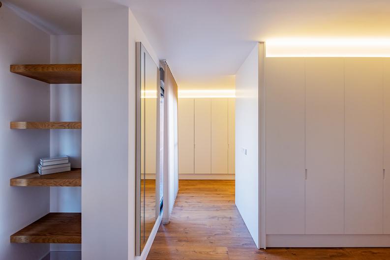 HOUSE R23 armarios y pasillo