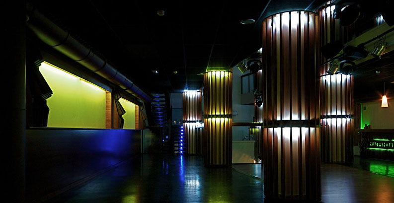Cocoloco pilares iluminados