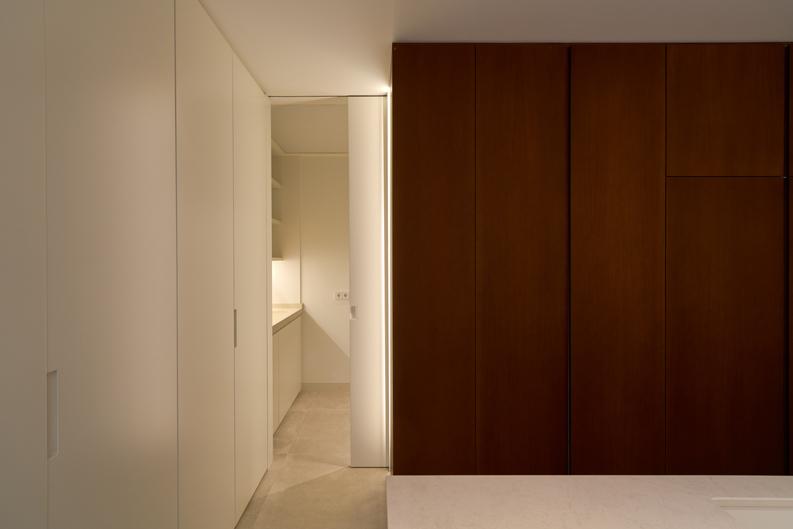 HOUSE M+P armario